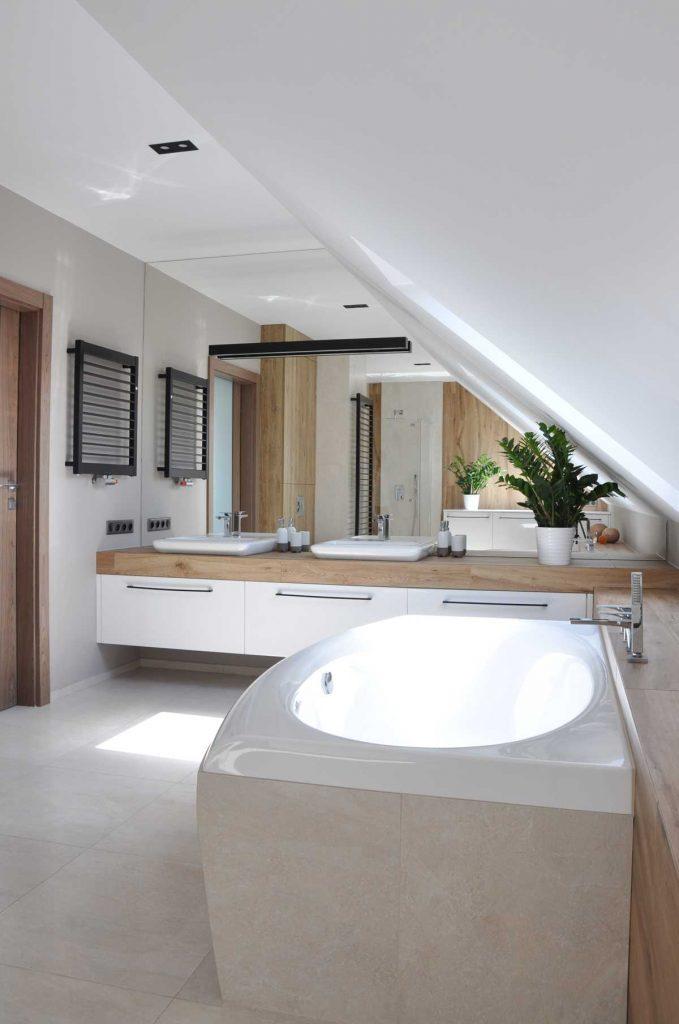 4 łazienka na poddaszu dom EM
