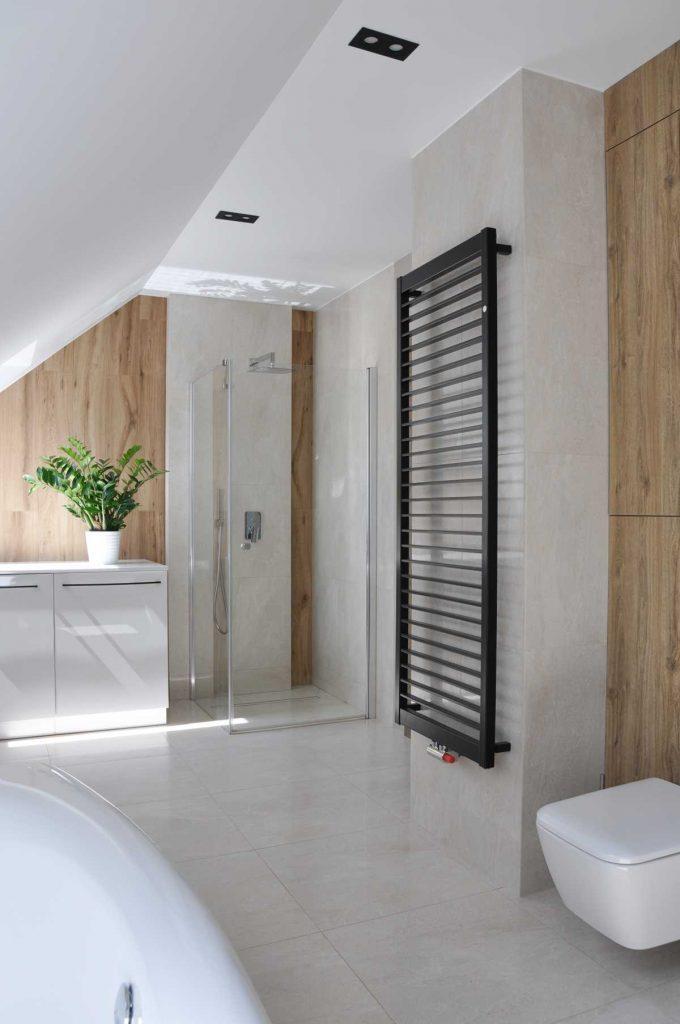 5 łazienka na poddaszu dom EM